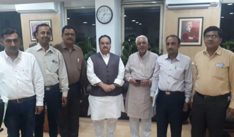 अहमदाबाद: बरसों से अपनी काबिलियत की पहचान के लिए तरस रहे पाकिस्तान से आये हिन्दू डॉक्टर्स – I